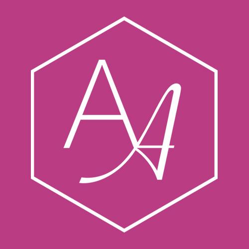 logo_pink_bg